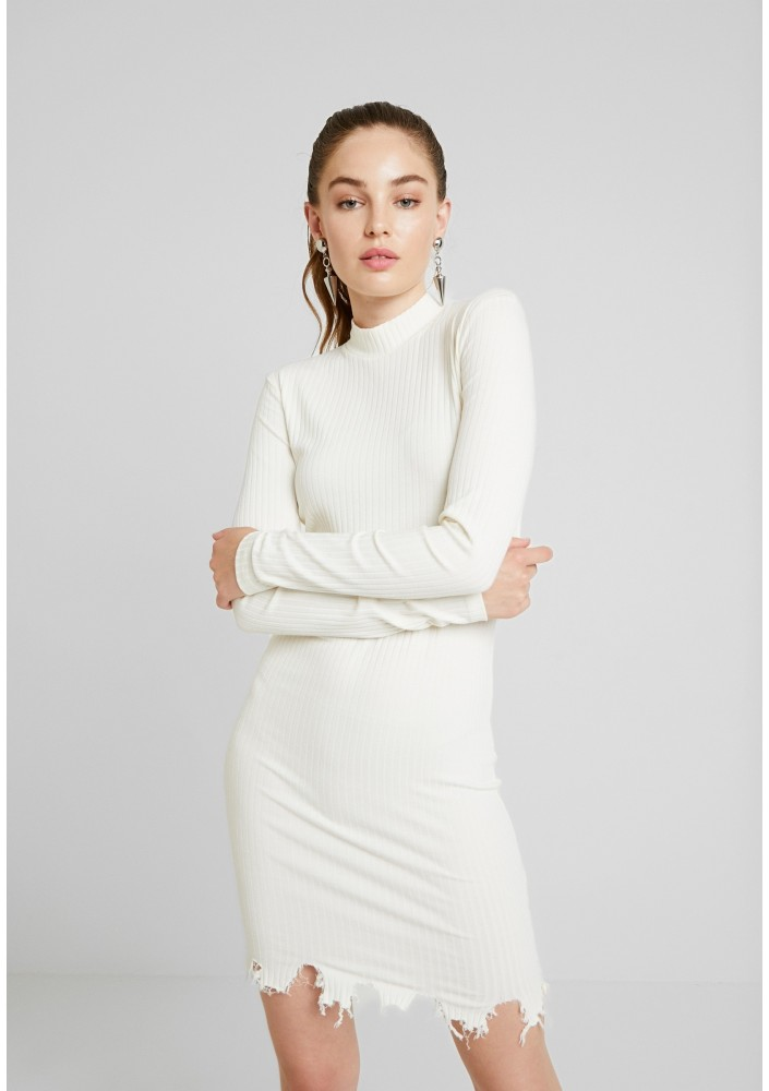 Nly by Nelly DESTROYED DRESS - Sukienka etui - off white