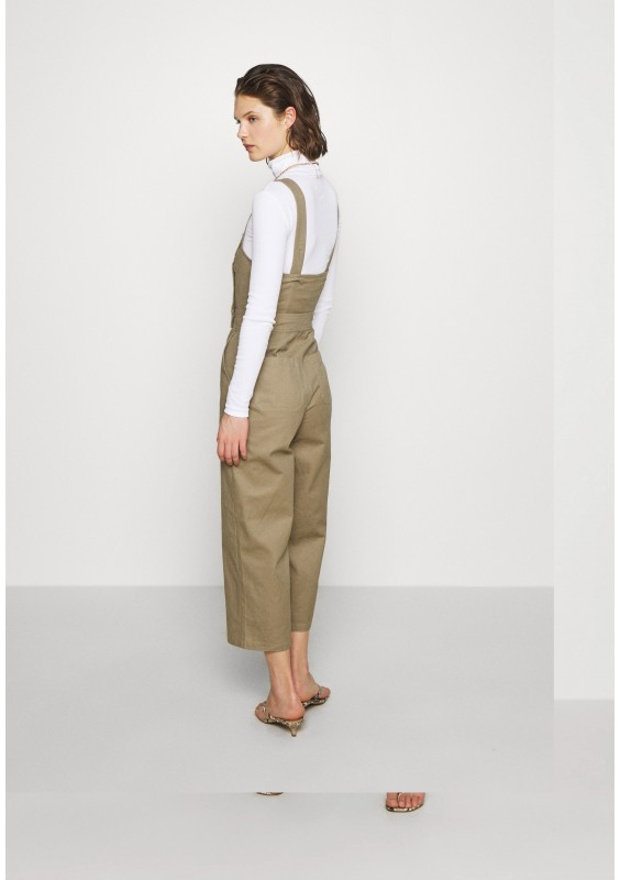 Who What Wear THE CROSS BACK DUNGAREE - Ogrodniczki - light tobacco